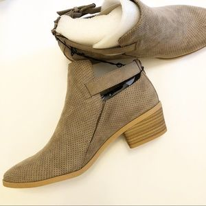 Dv Sam bootie ankle boots tan taupe 11 nib